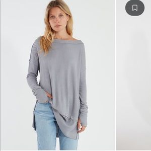 NWT- north shore long sleeve- grey free people